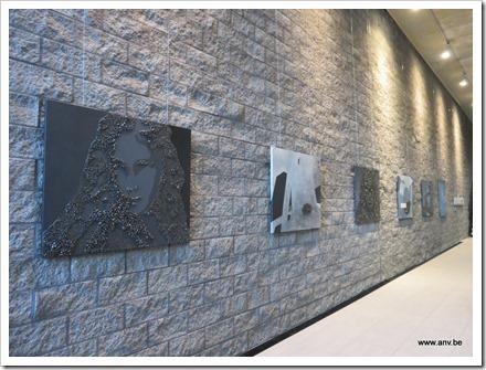 Tentoonstelling Zwart Licht :  AnV - schilderijen - keramiek - steenkool