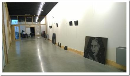 opbouw tentoonstelling Zwart Licht in GC De Plak Diepenbeek