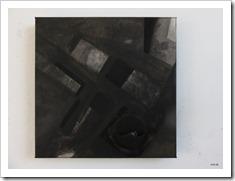 AnV - Y3 - 40x40cm -studioshot : schilderij met zwart 2.0 en steenkoolverf