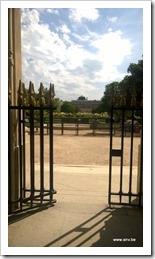 Palais Royale - ingang achterzijde, poort