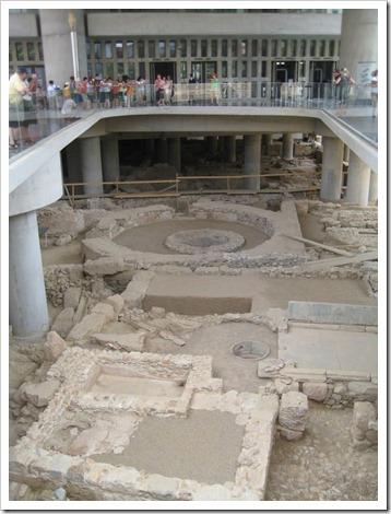 ingang van het nieuwe Akropolis Museum