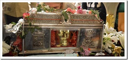 Saint Barbara relics in Greece. Source & copyright picture: www.keeptalkinggreece.com